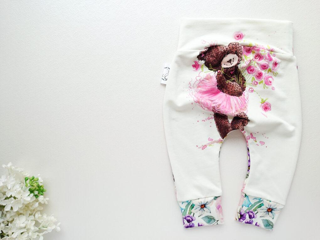 karu pildiga tüdrukute beebipüksid lillelisest puuvillasest kangast topeltsuuruses tüdrukute püksid katsikukingitus käsitööriided beebidele