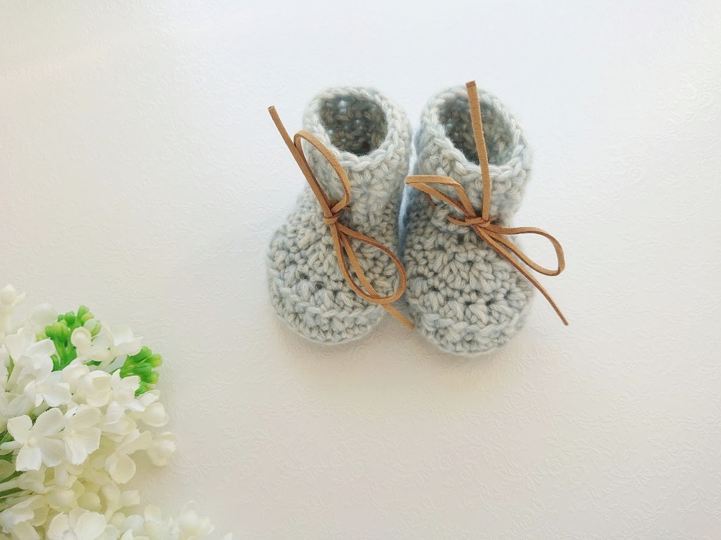 Vanasinised helesinised poiste heegeldatud kootud beebipapud talveks, sügiseks ja kevadeks katsikukingitus vastsündinule