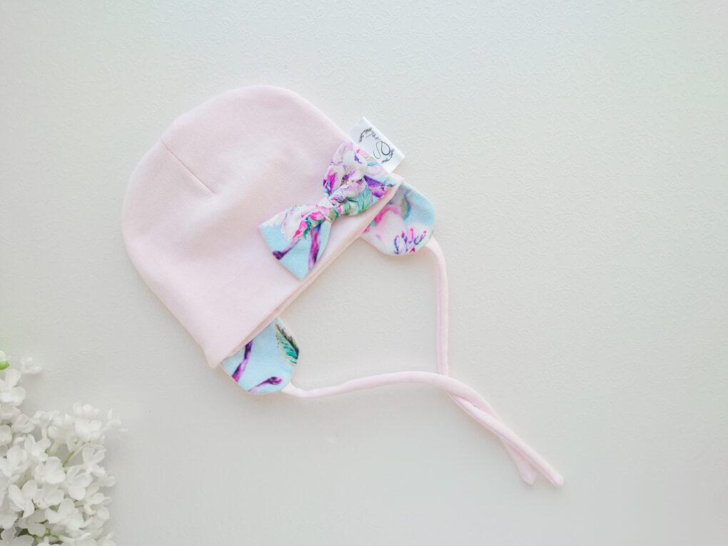 tüdrukute soonikkangast müts lipsuga kevadeks, sügiseks