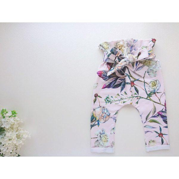 Kõrge pihaosaga tüdrukute beebipüksid eest seotavate paeladega roosad lillelised katsikukingitus käsitööriided lastele