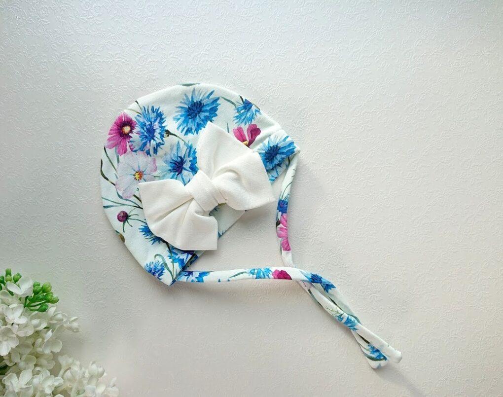 Sinine-puuvillane-lilledelga-rukkililledega-suure lipsuga tüdrukute suvemüts