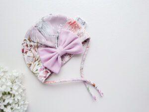 Tüdrukute suvemüts suure lipsuga