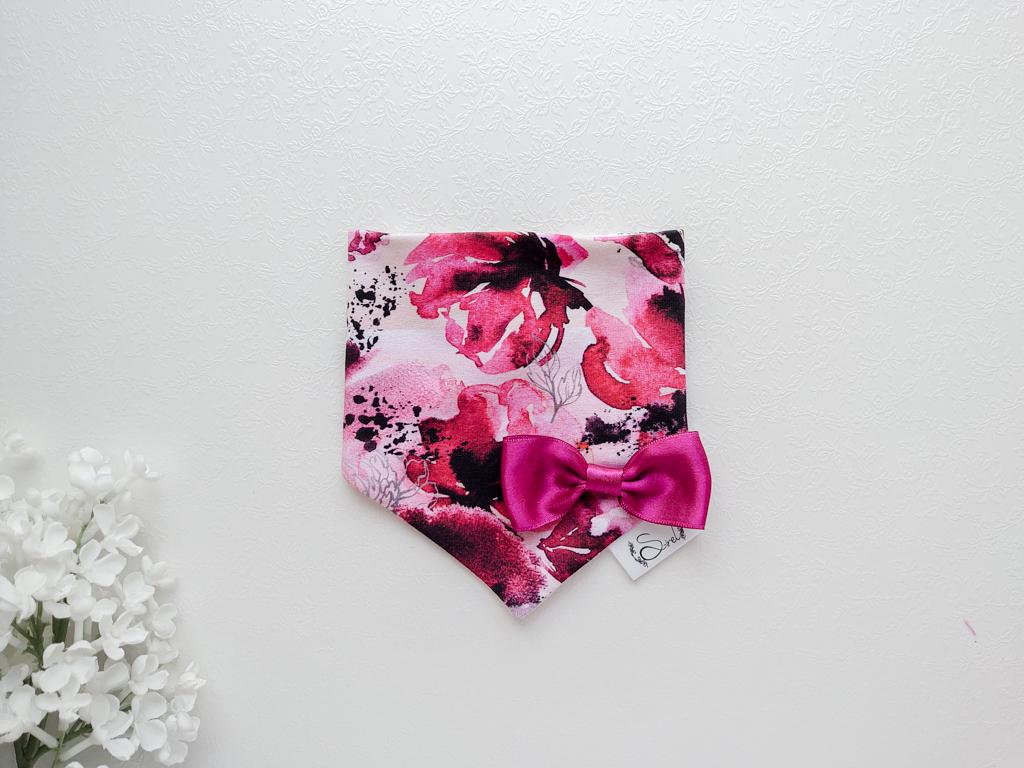 Tüdrukute bordoopunane veinipunane ja roosa beebisall kolmnurksall kevadeks ja sügiseks lipsuga